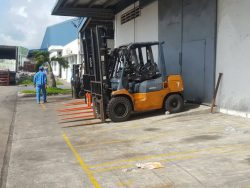 Nhà Máy Sữa Vinamilk Cần Thơ - Bảo trì định kỳ hệ thống xe nâng hàng