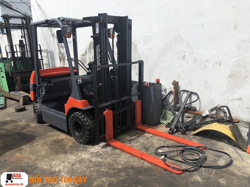 Dịch vụ sửa xe nâng tại Bình Phước sẽ là giải pháp giúp bạn khắc phục dứt điểm tình trạng hỏng hóc của xe nâng