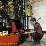 Kinh nghiệm sửa xe nâng nhiều năm với các dòng xe
