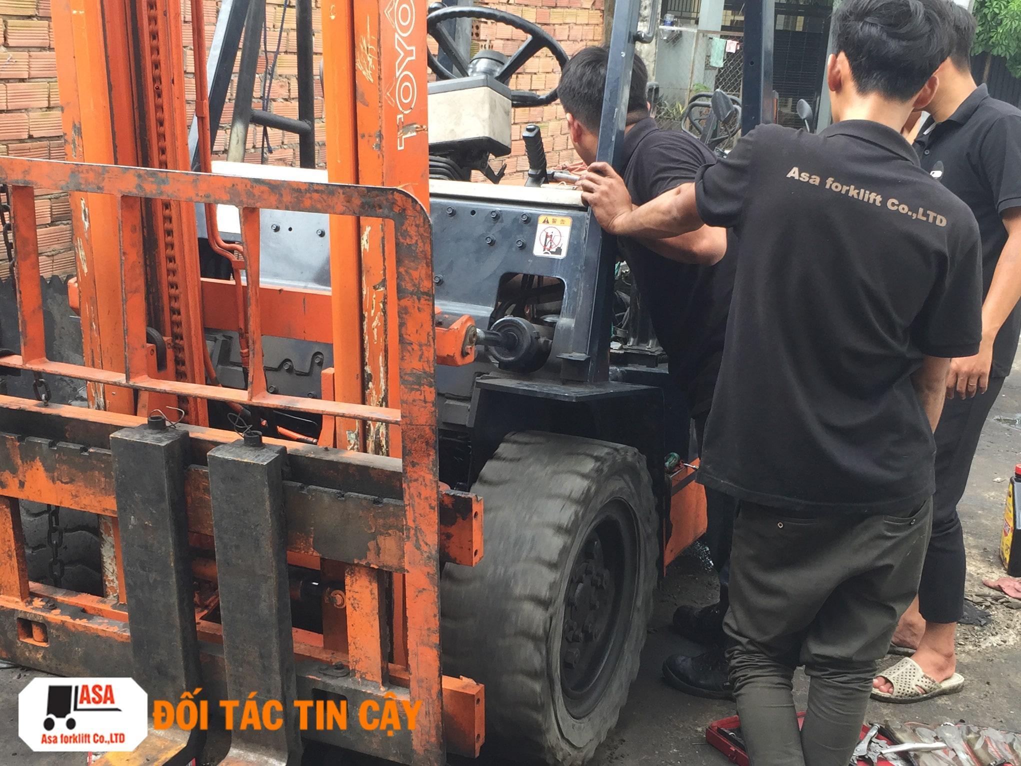 Sửa chữa các bệnh liên quan đến xe nâng hàng, sửa tất cả các xe nâng hàng