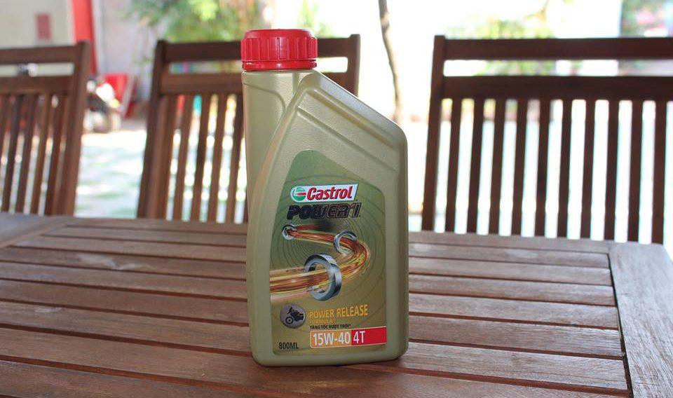 Phân biệt dầu castrol bằng vỏ của chai dầu