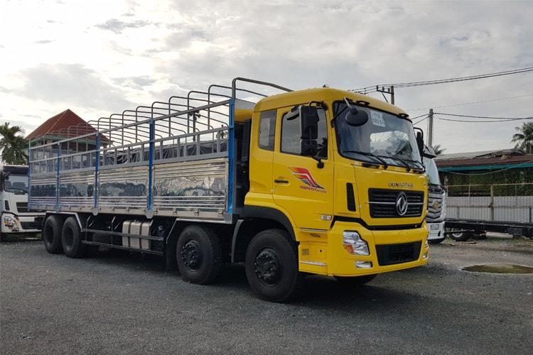 Xe tải 4 chân DONGFENG đang là mẫu xe tải được ưu chuộng hiện nay