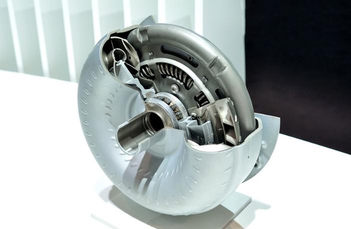 Thiết kế của biến mô 3 tầng nhằm sử dụng vòng của cánh tuabin