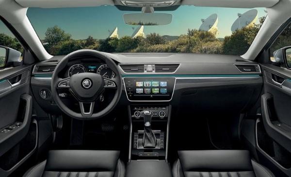 Hệ thống lái trên xe và các liên kết của hệ thống treo sẽ bị mài mòn sau một thời gian sử dụng