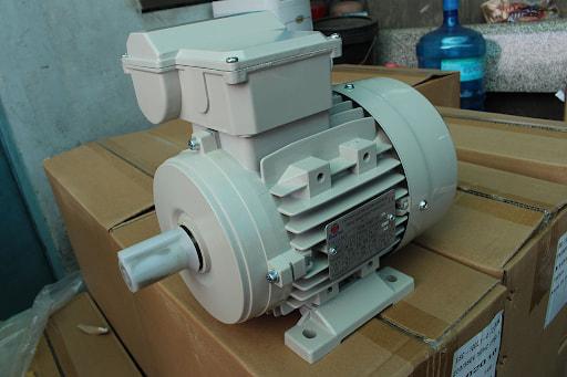 Số lượng cực của động cơ 1 pha càng cao thì tốc độ của máy càng thấp